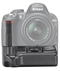 15 Essential Accessories for Your Nikon or Canon DSLR Camera